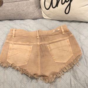 Brandy Melville Cut Off Tan Jean Shorts sz 40/8